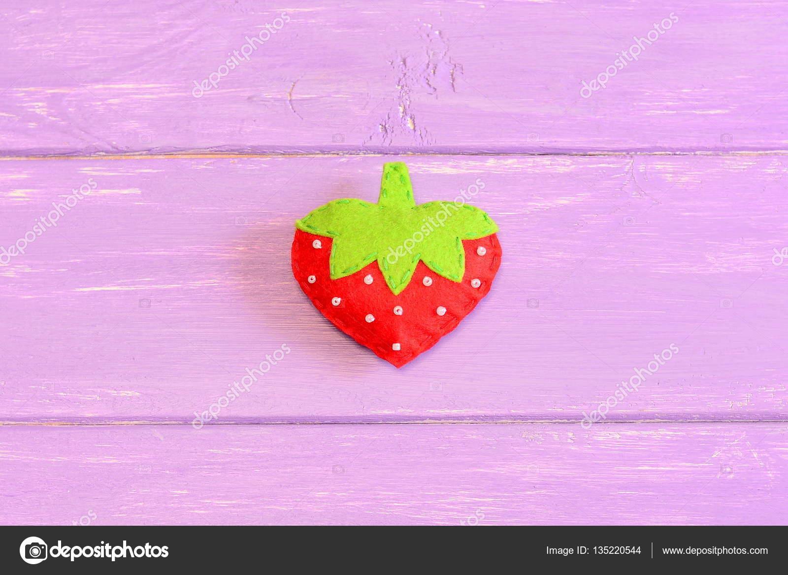 Wie zur hand Nähen Kinder Spielzeug Erdbeere. Schritt. Tutorial ...