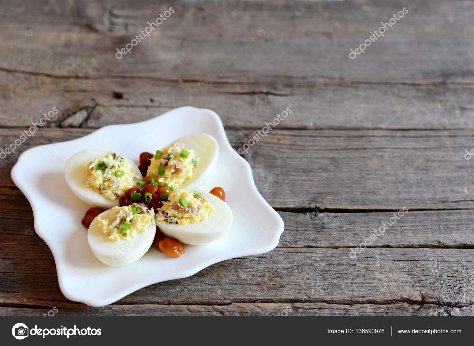 Acılı yumurta tarifi