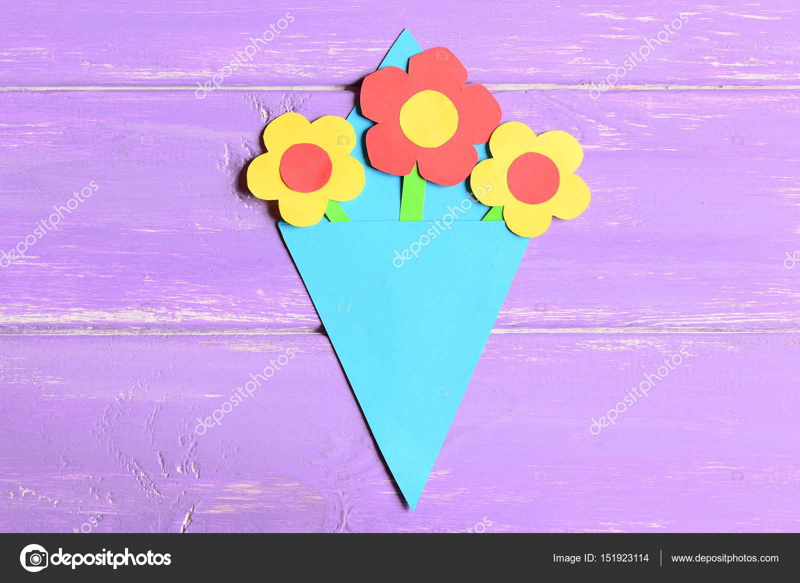 Kağıt Yapma El Sanatları Annenin Gün Veya Doğum Günü Için çiçek