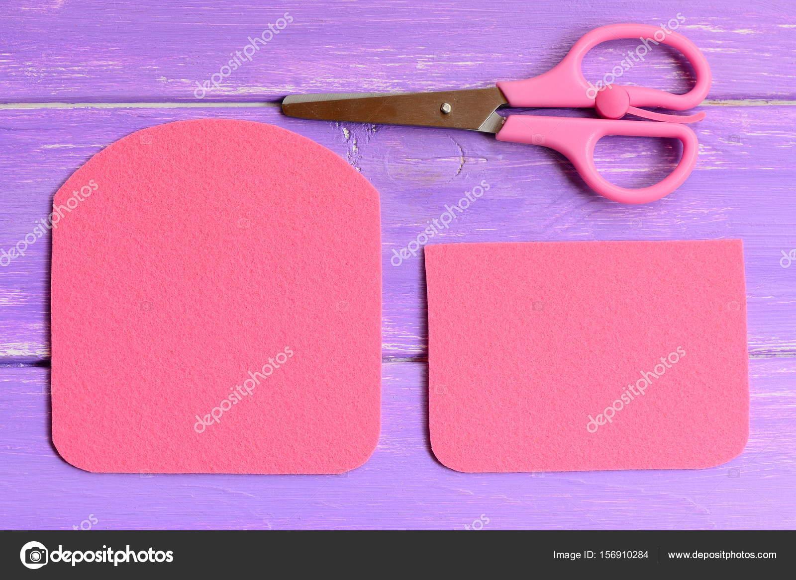 C mo hacer un monedero de fieltro simple paso gu an de manualidades de costura r pida y f cil - Manualidades de fieltro paso a paso ...