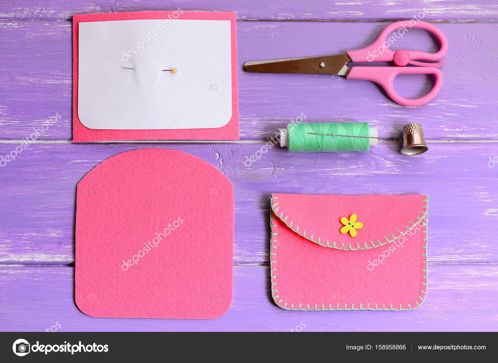 Rosa Filz/Geldbörse mit Schaltfläche \