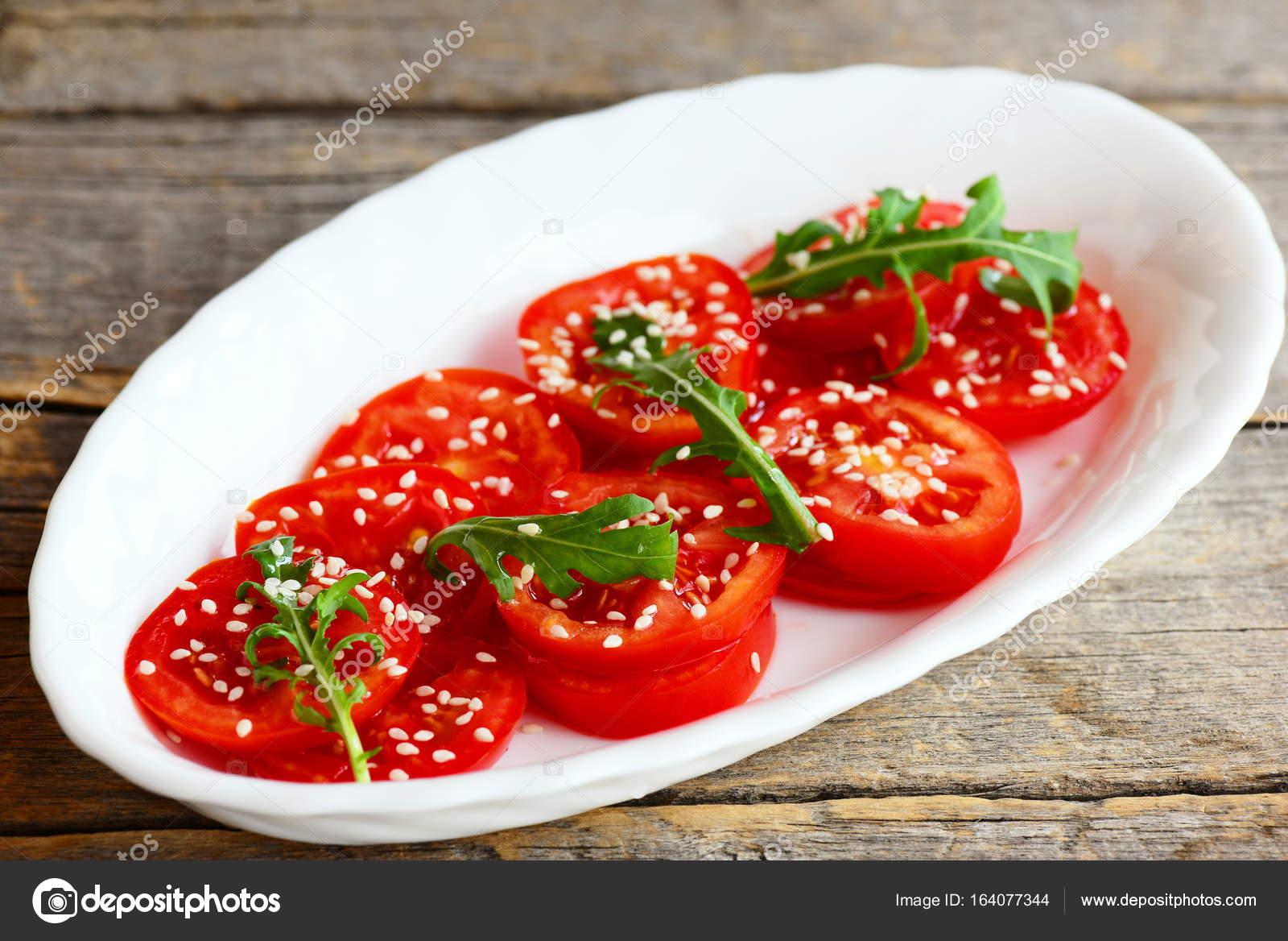 Диетический салат с бальзамическим уксусом