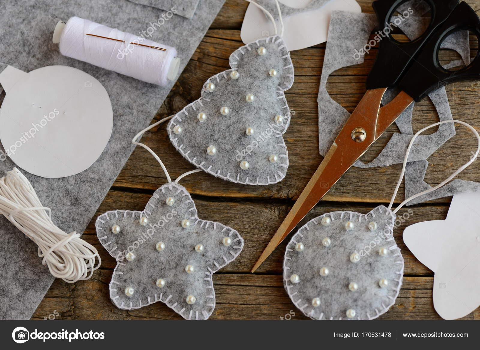 Cartamodelli Decorazioni Natalizie In Feltro.Decorazioni Per L Albero Di Natale Ornamenti Di Albero Sfera E