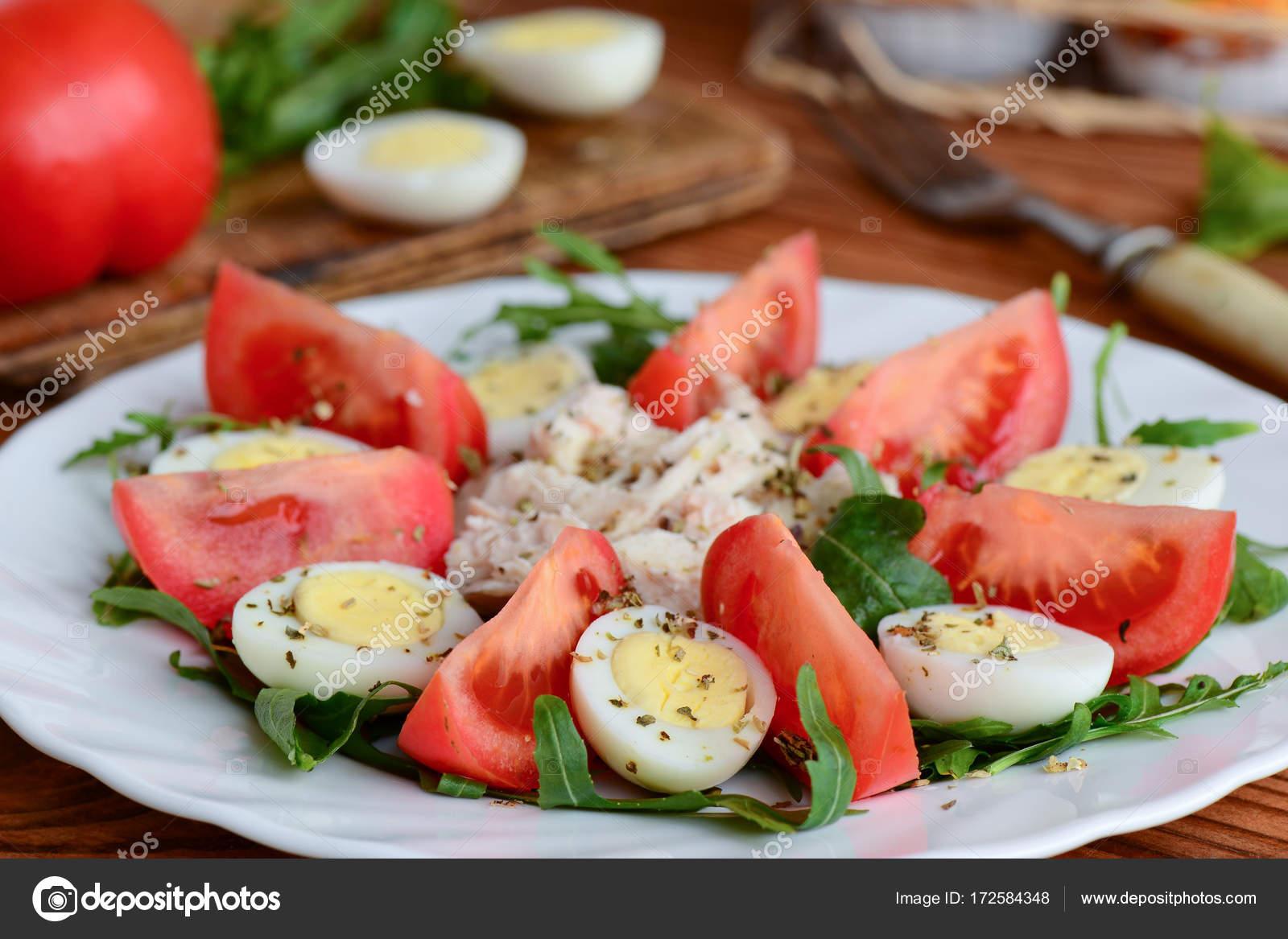 Idee Per Pranzi Sani : Idea di insalata di pollo vegetale leggero per il pranzo o la cena