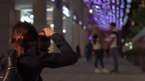 Slow Motion professionale fotografo che cattura le foto di coppia