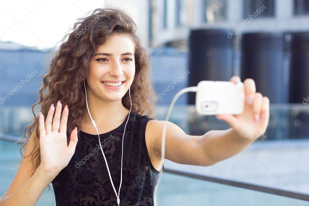 Videochat für Erwachsene mit Mädchen