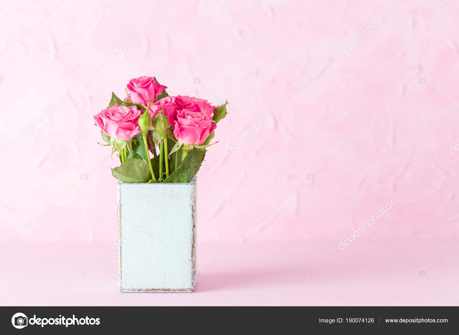 Pink pastel horisontal banner with bouquet of pink roses in retro pink pastel horisontal banner with bouquet of pink roses in retro shabby chic vase izmirmasajfo