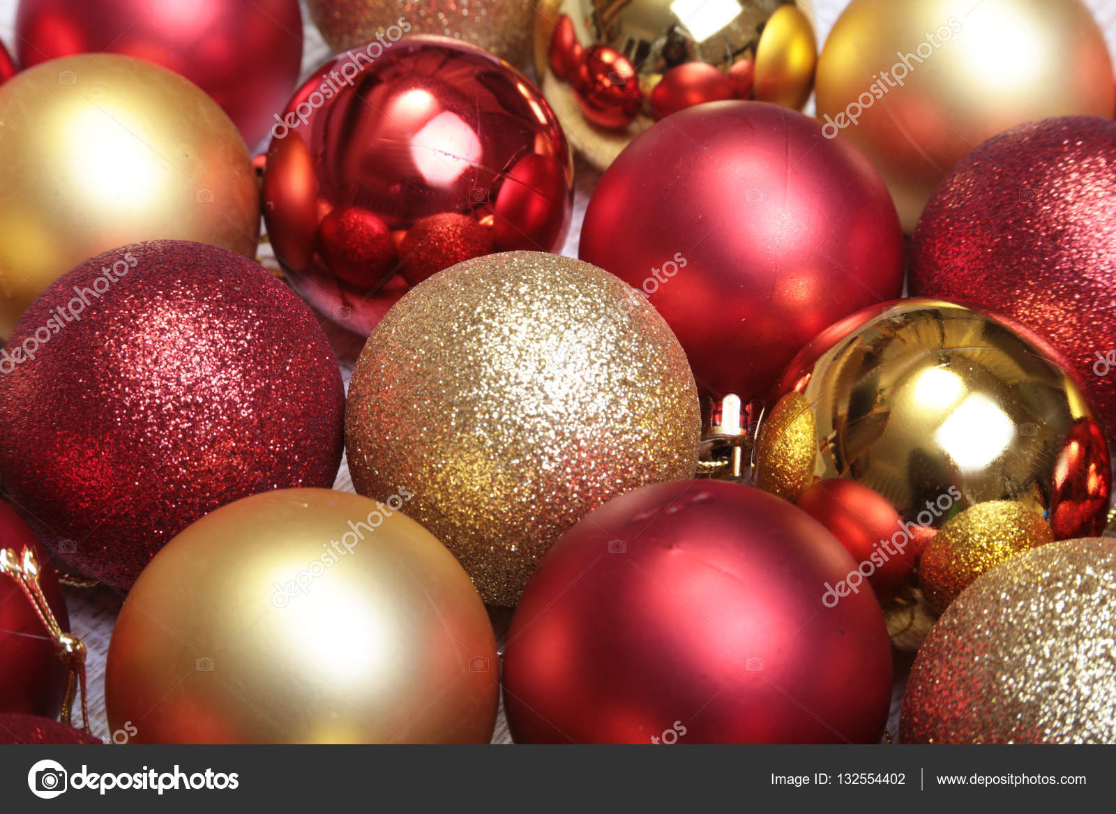 depositphotos 132554402 stock photo red and gold christmas balls