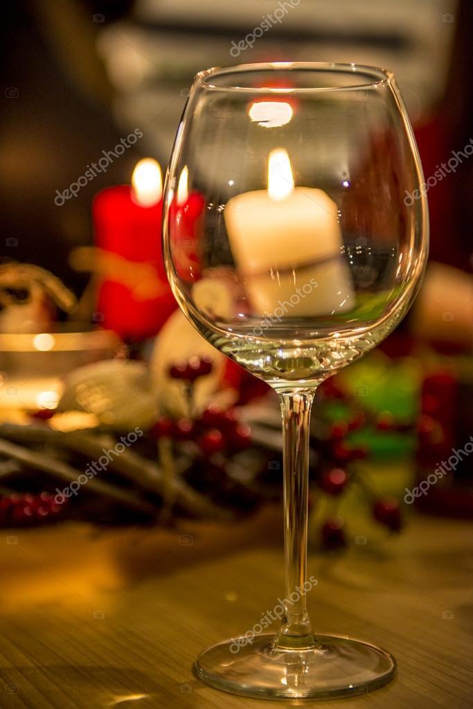 Weinglas Vor Kerzen Stockfoto Asafaric 127342326