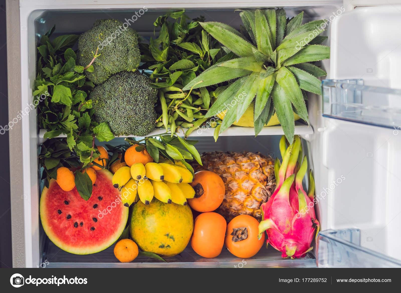 Geöffneten Kühlschrank Voller Vegetarische Ernährung Leuchtenden ...