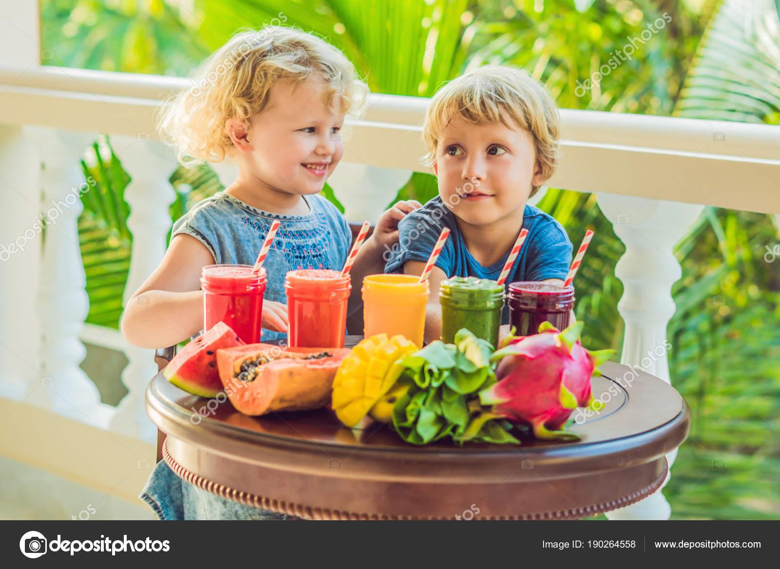 Kinder Getränke Bunten Gesunden Smoothies Wassermelone Papaya Mango ...