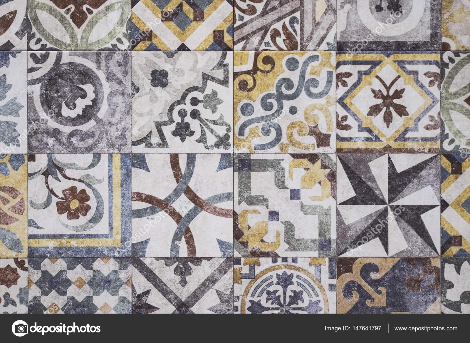 Piastrelle colorate marocchine struttura del pavimento di mosaico
