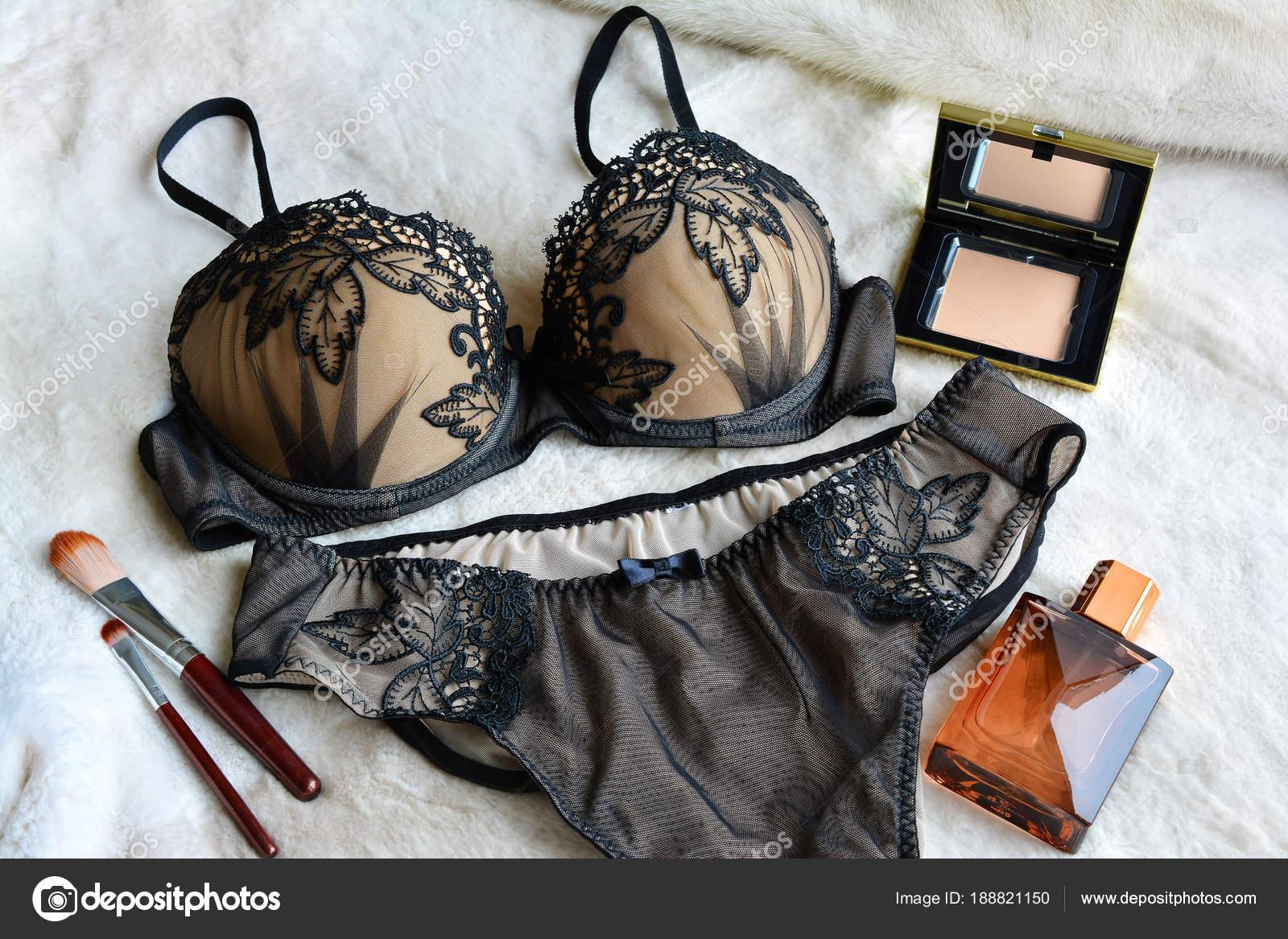 9312fb8b428 Γυναικών δαντέλα σέξι εσώρουχα είναι μαύρο χρώμα: σουτιέν και την ...