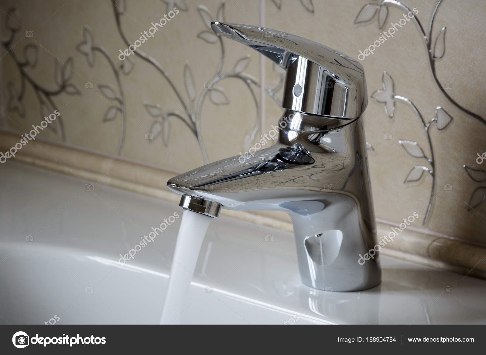Kendi eller metal banyolar