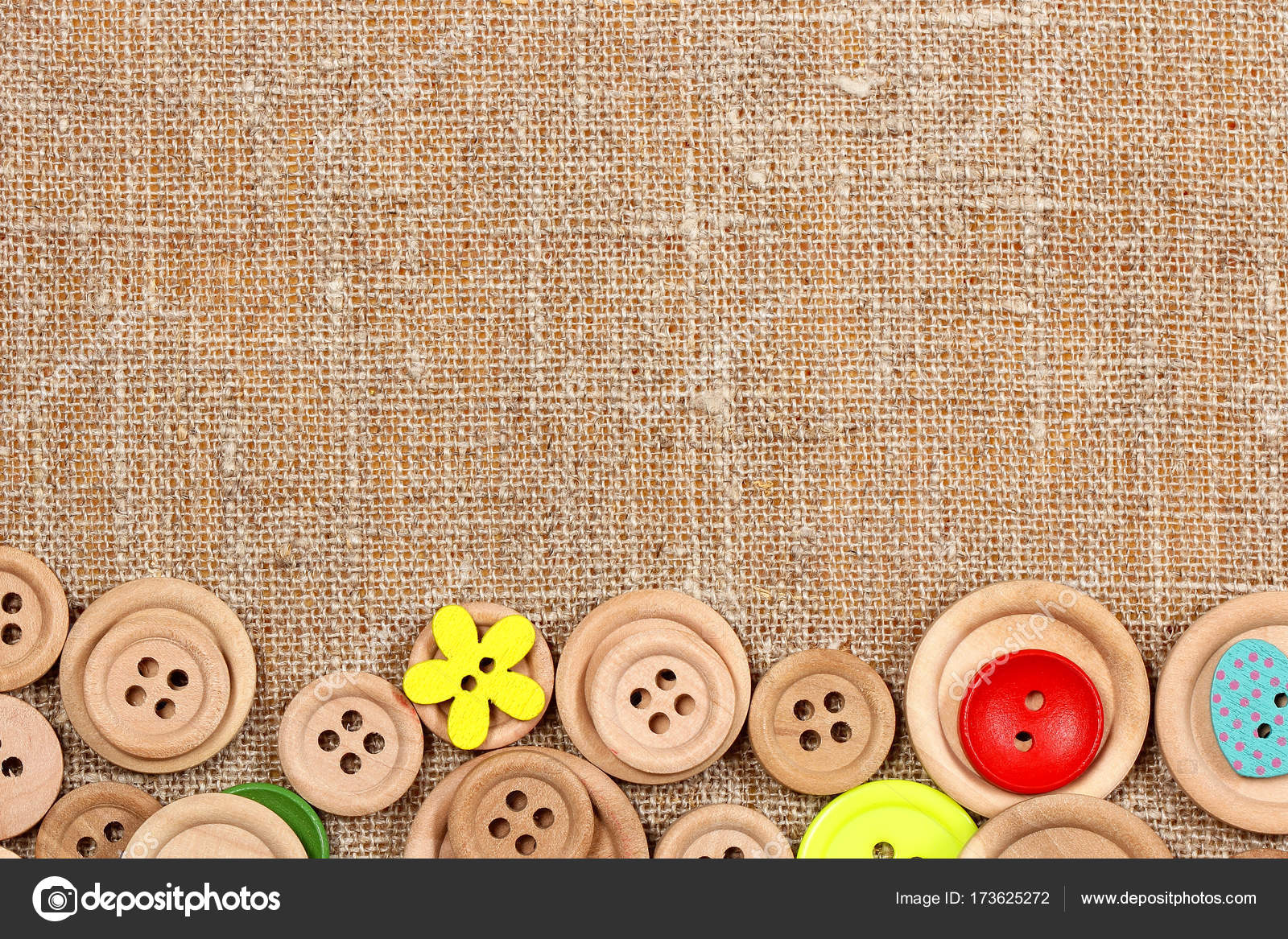 How to play with clothespins and buttons 32