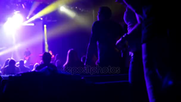 Diváci na hudební koncert, de-zaměřené
