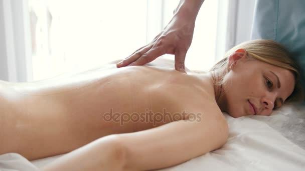 femmine erotiche massaggi filmati
