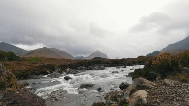 Creek v horách, Isle of skye - Skotsko, Velká Británie