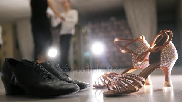 Borrosa Profesional Baile Hombre Bailando Mujer Y Latina Disfraces fv5dqwp5