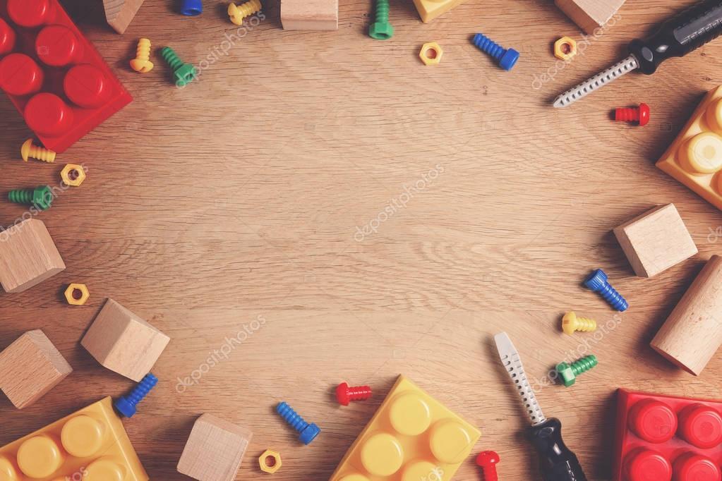 Fondo de marco de juguetes de niños. Herramientas de ...