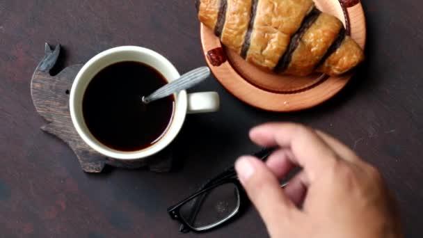 viszont a csésze kávé