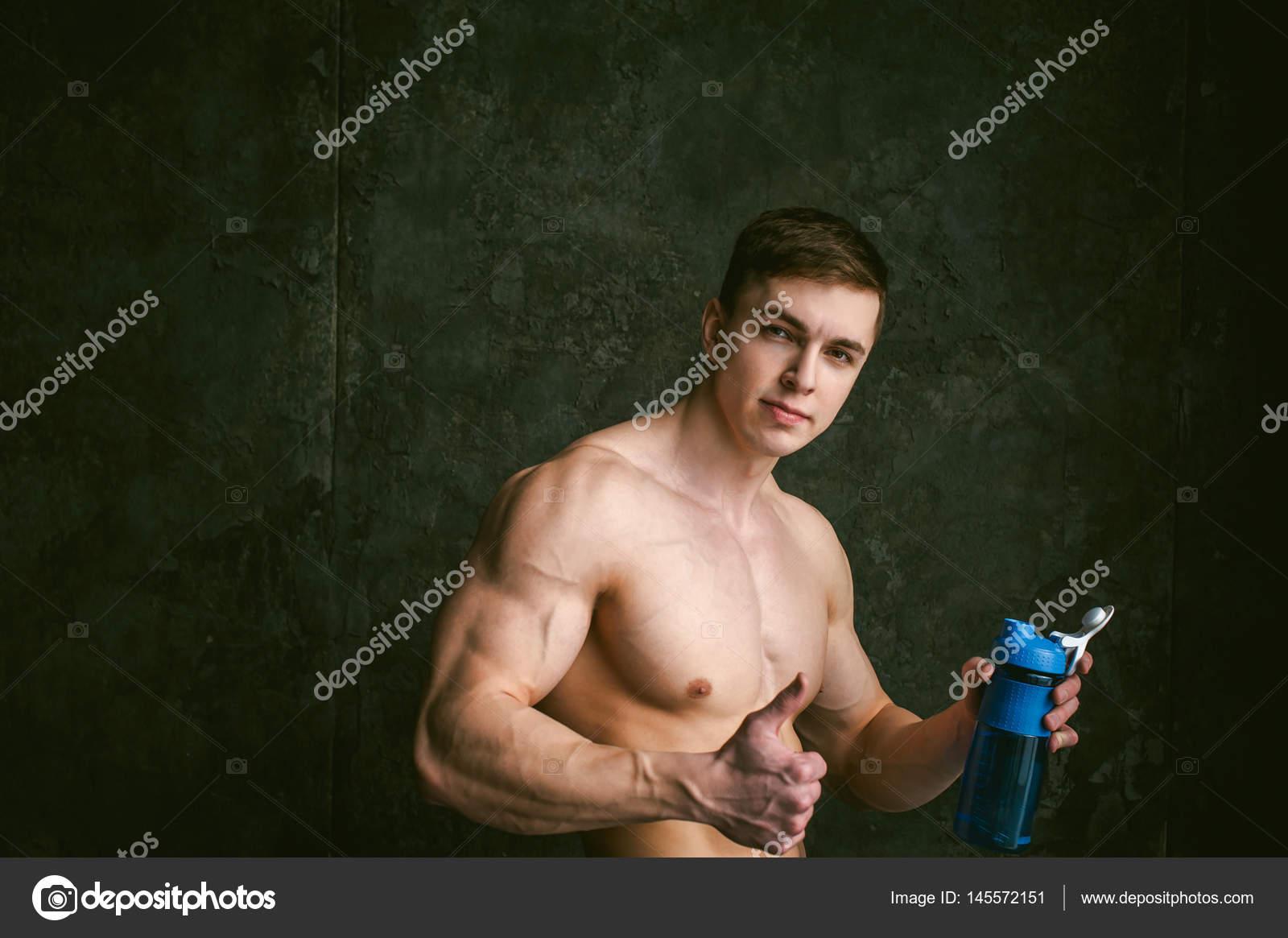 γυμνό τύπος μοντέλα Κρυφή κάμερα σεξ μαύρο