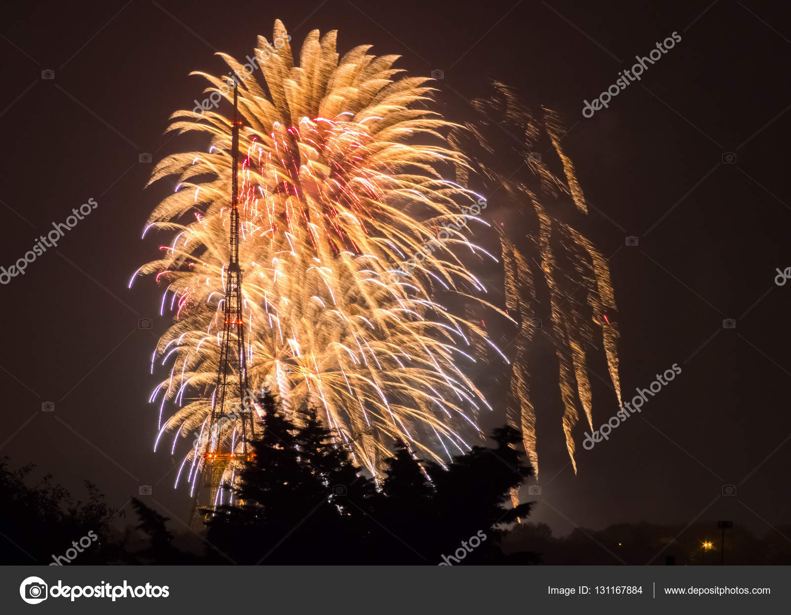fireworks on the guy fawkes night stock photo pawopa3336 131167884