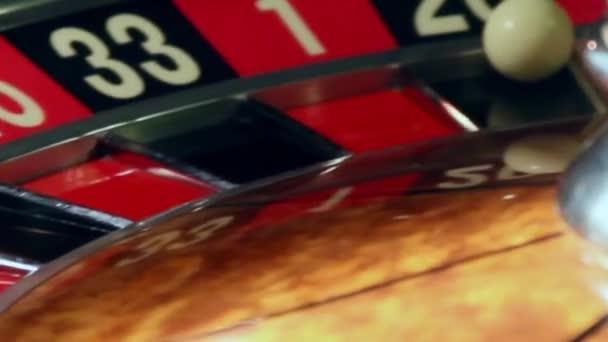 Casino, hrát ruletu, výhry jsou vypláceny