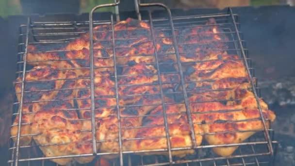 Grilování, maso na grilu