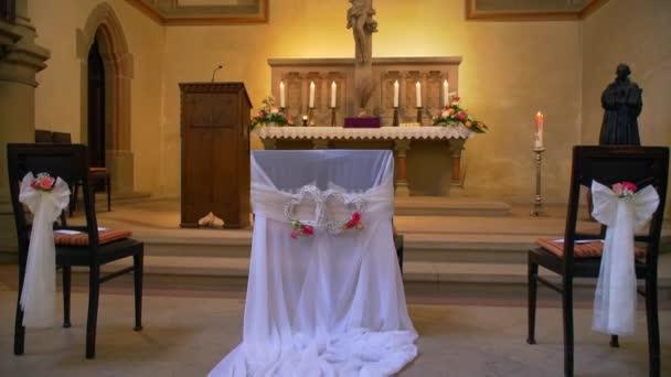 iglesia evangélica en la decoración de la boda — vídeos de stock