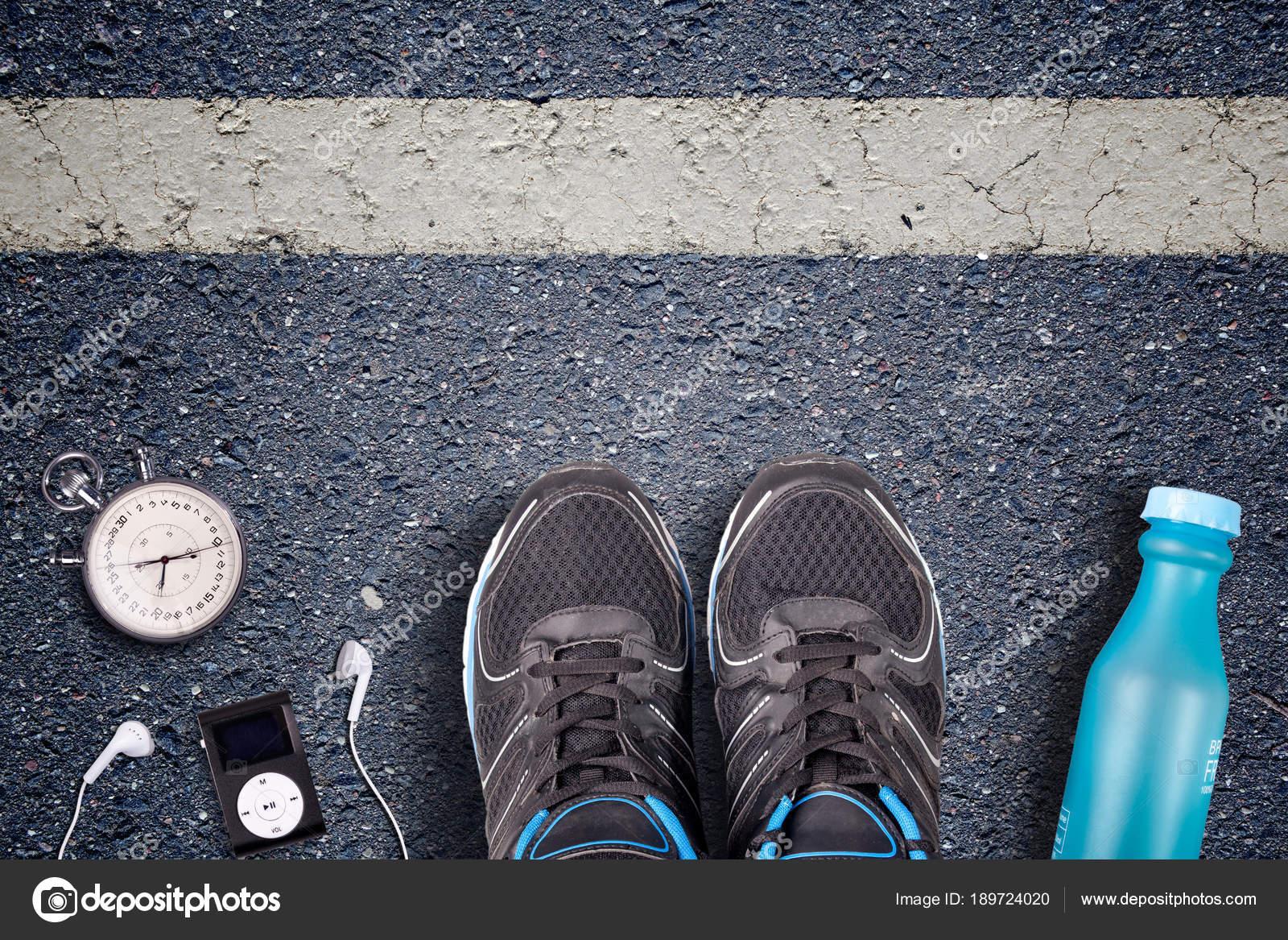 Men Running Shoes Run Equipment Asphalt