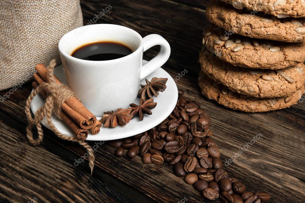 Coffee composition with cookies