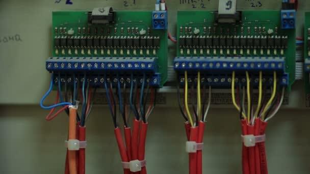 Distribuce štít zapojení generátoru