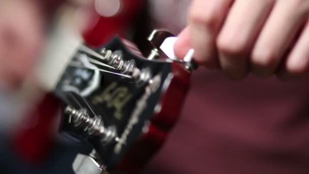 Ruční ladění elektrická kytara z vřeteníku