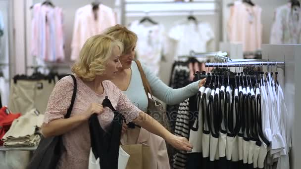 Keres, elegáns női ruha ruházat store