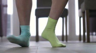 Танцы в носочках эротика, как трахать очень жирных баб