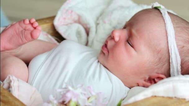 novorozené děťátko