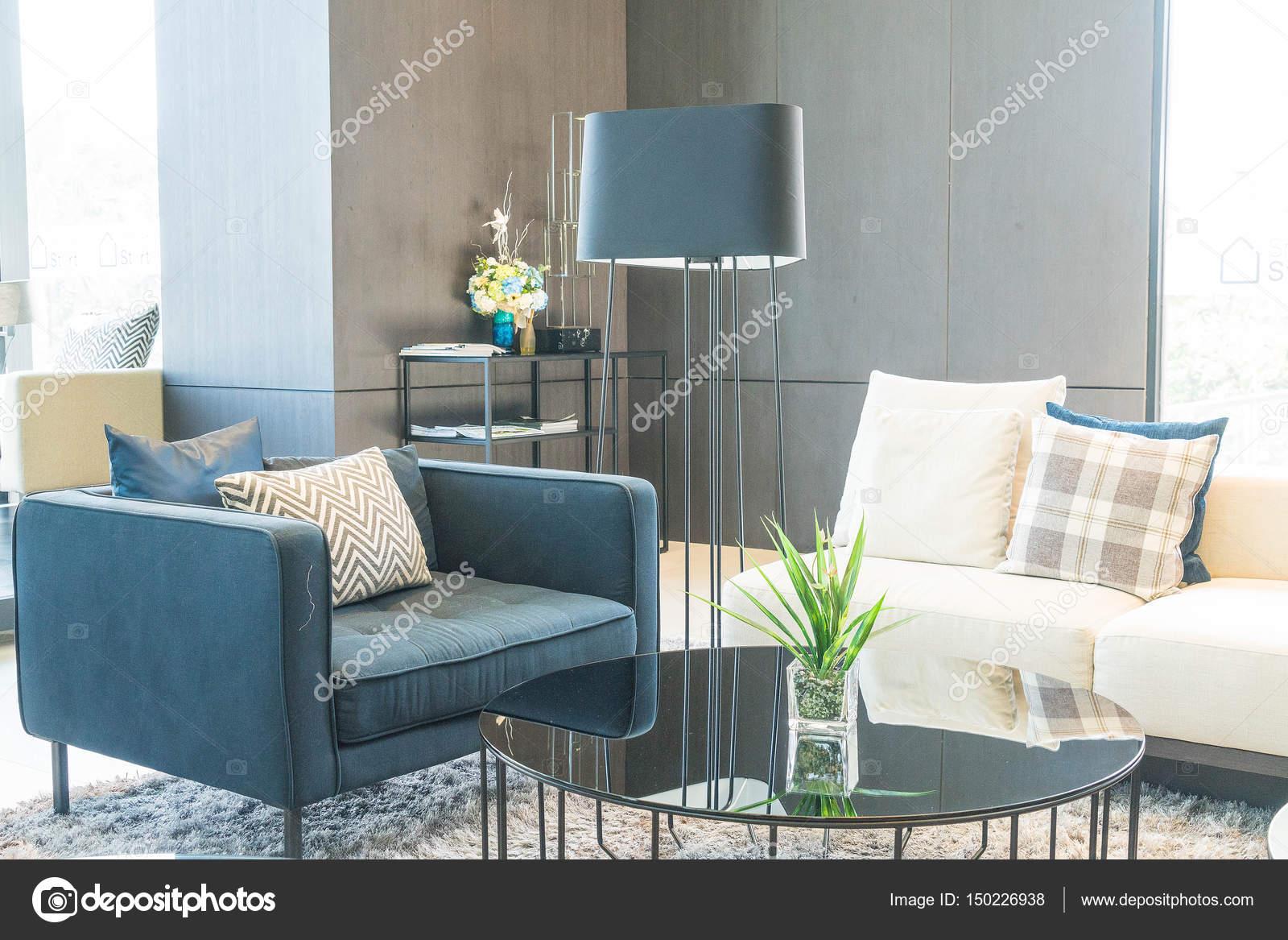Kissen Und Sofa Dekoration In Luxus Wohnzimmer Interieur U2014 Stockfoto
