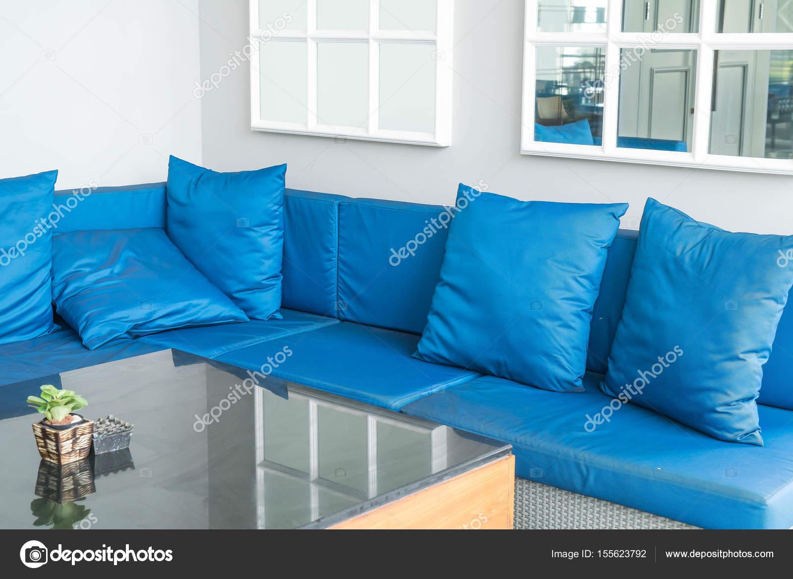 Schöne Luxus Kissen Auf Sofa Dekoration Im Wohnzimmer Interieur Für  Hintergrund U2014 Foto Von Topntp