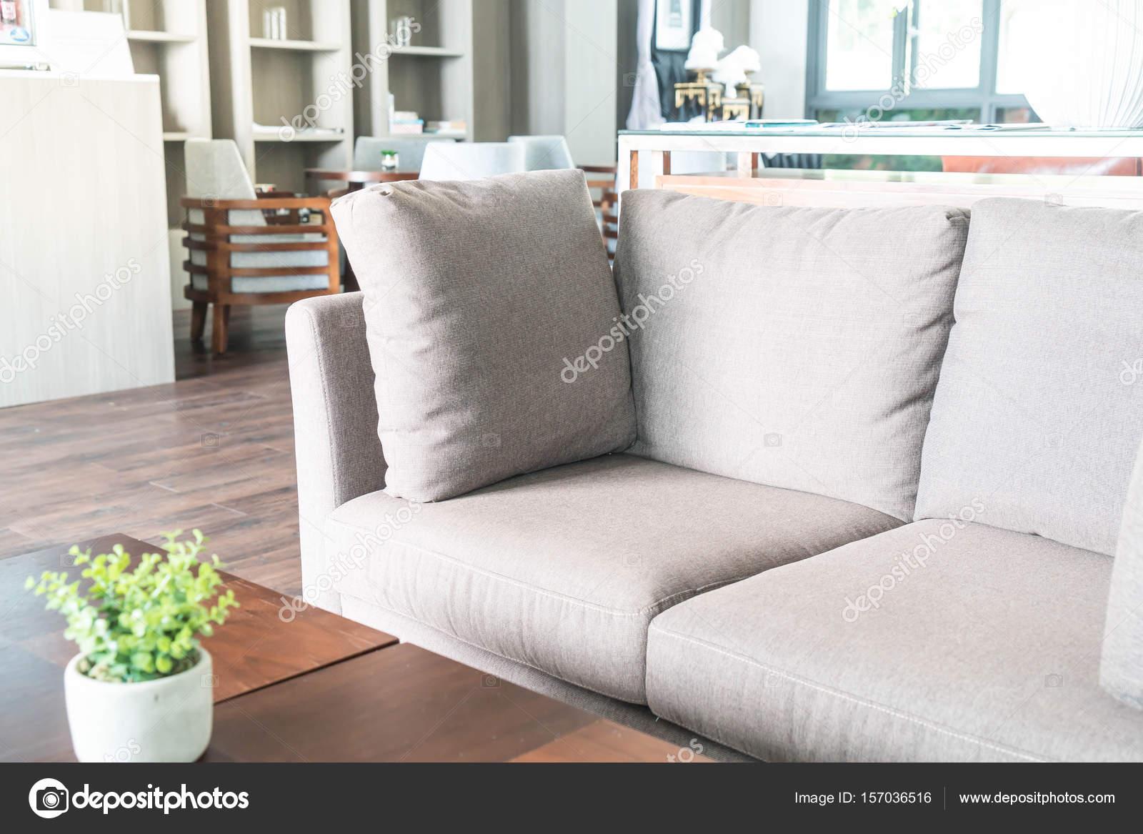 Schöne Luxus Kissen Auf Sofa Dekoration Im Wohnzimmer U2014 Stockfoto