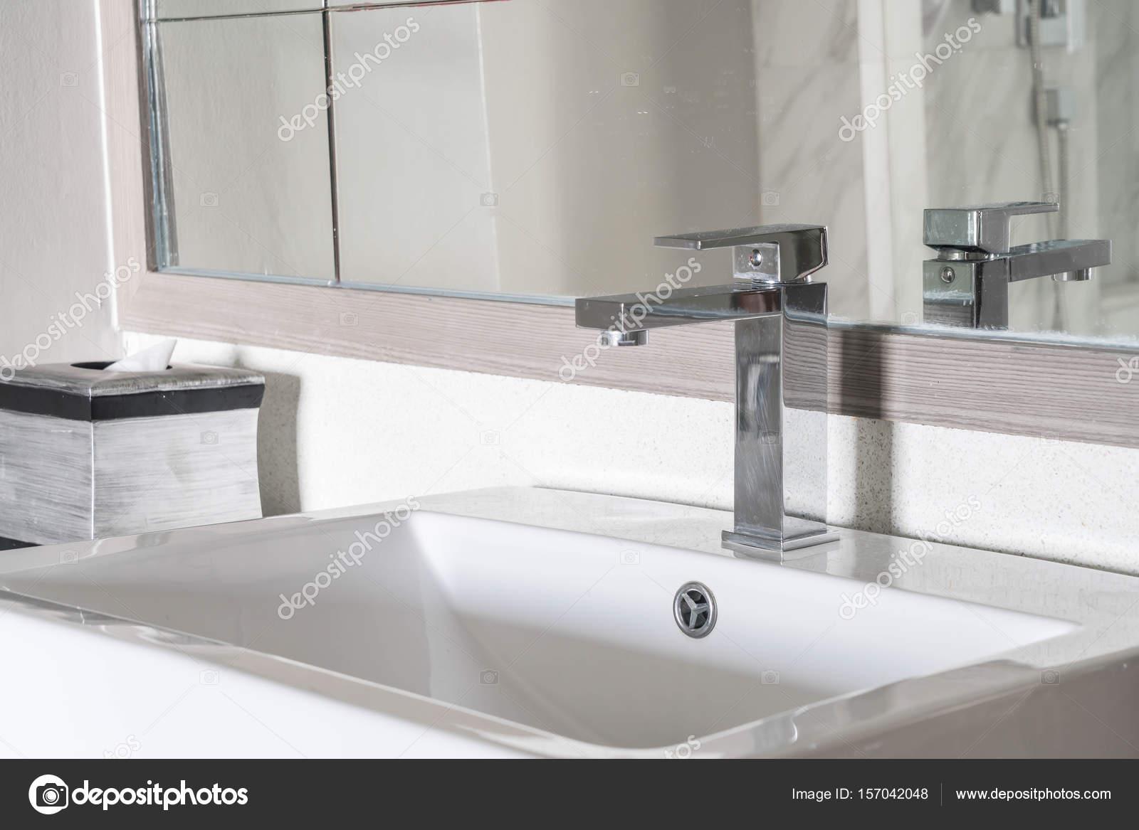 Schone Luxus Waschbecken Dekoration Im Badezimmer Interieur Fur