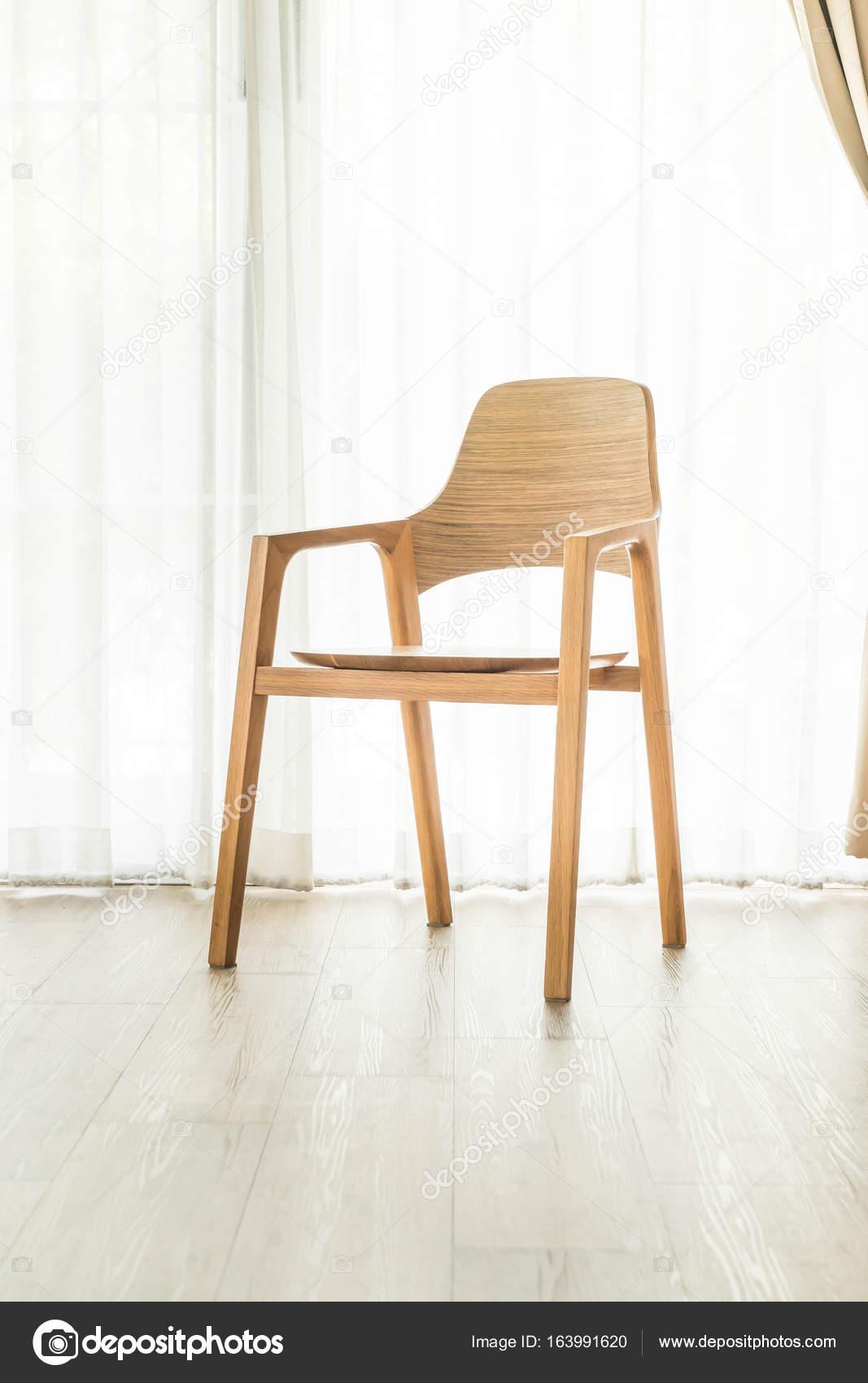 Stuhl Dekoration zu Hause — Stockfoto © topntp #163991620