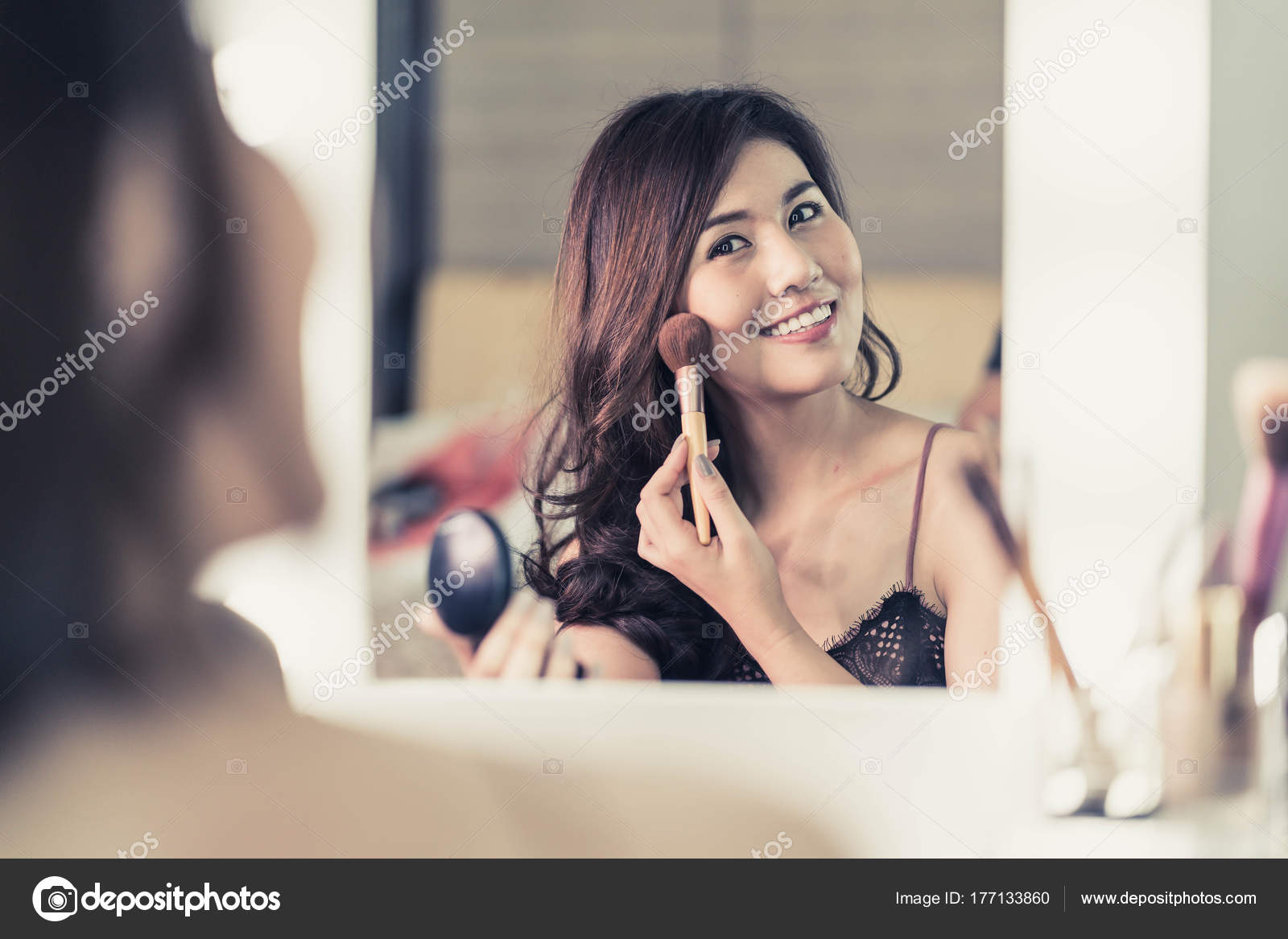 mirror out Asian in making girl the