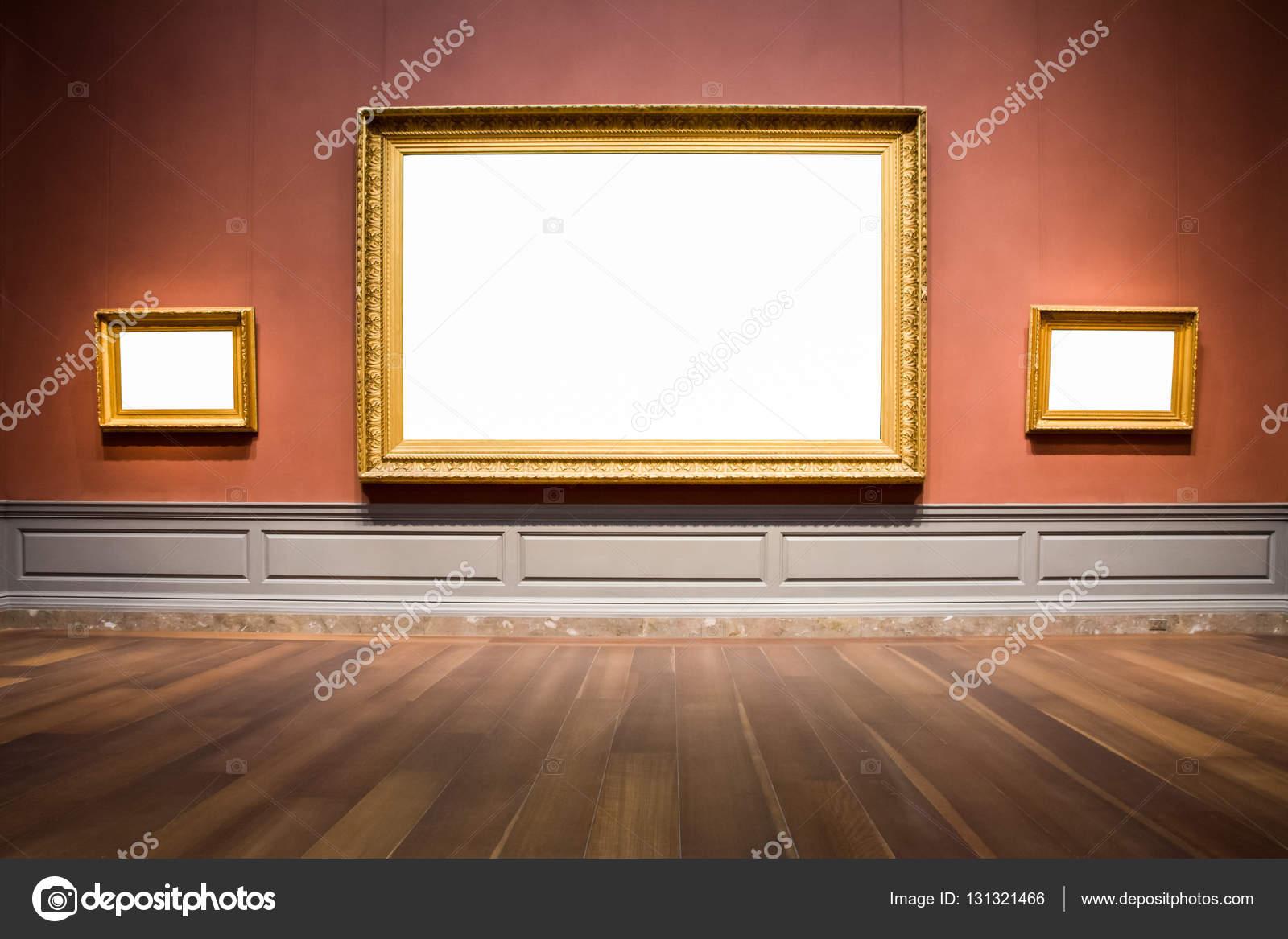 Cuadro recargado tres marcos arte Galería Museo exposición en blanco ...
