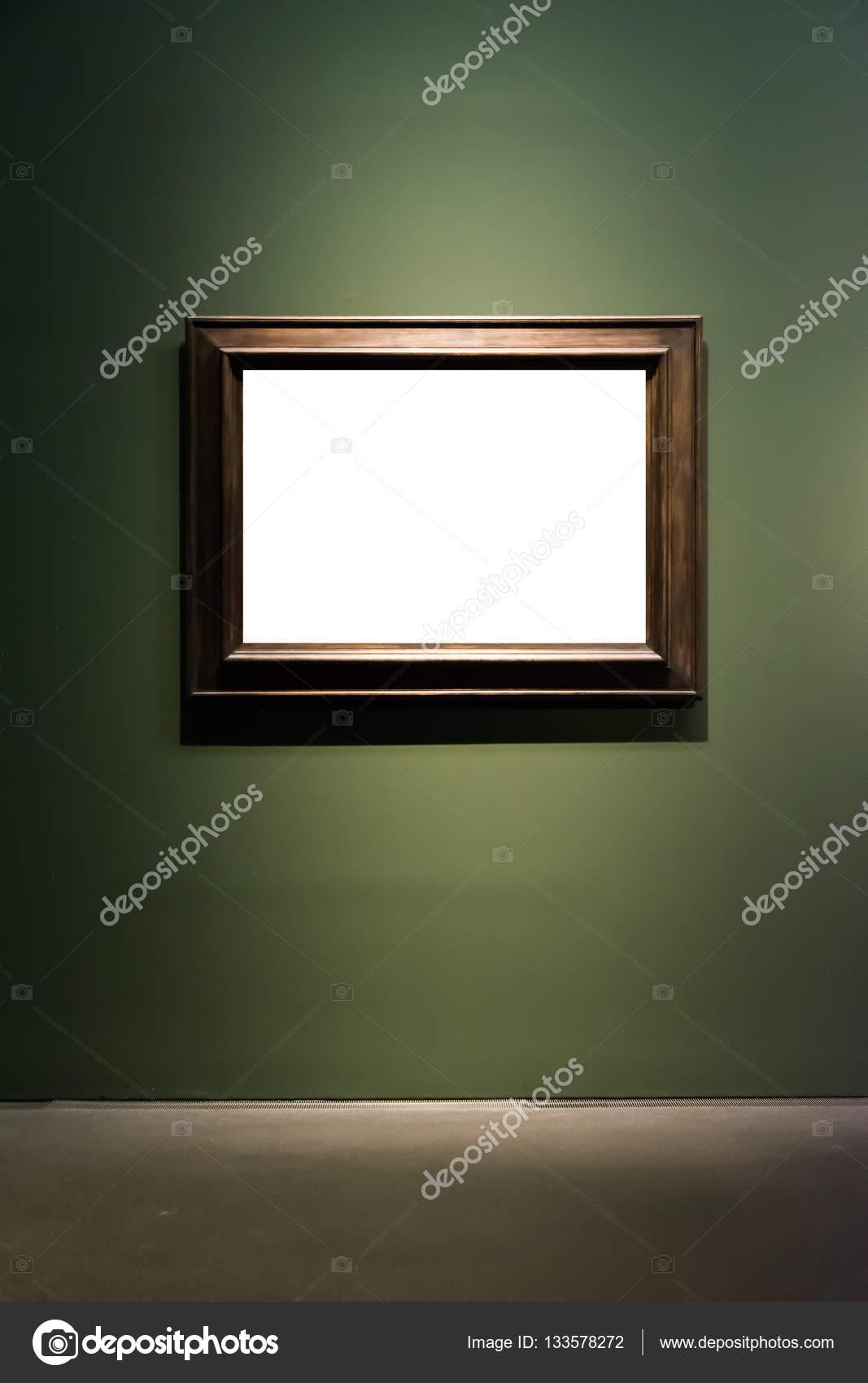 musée d'art cadre mur vert foncé orné design blanc isolé cl