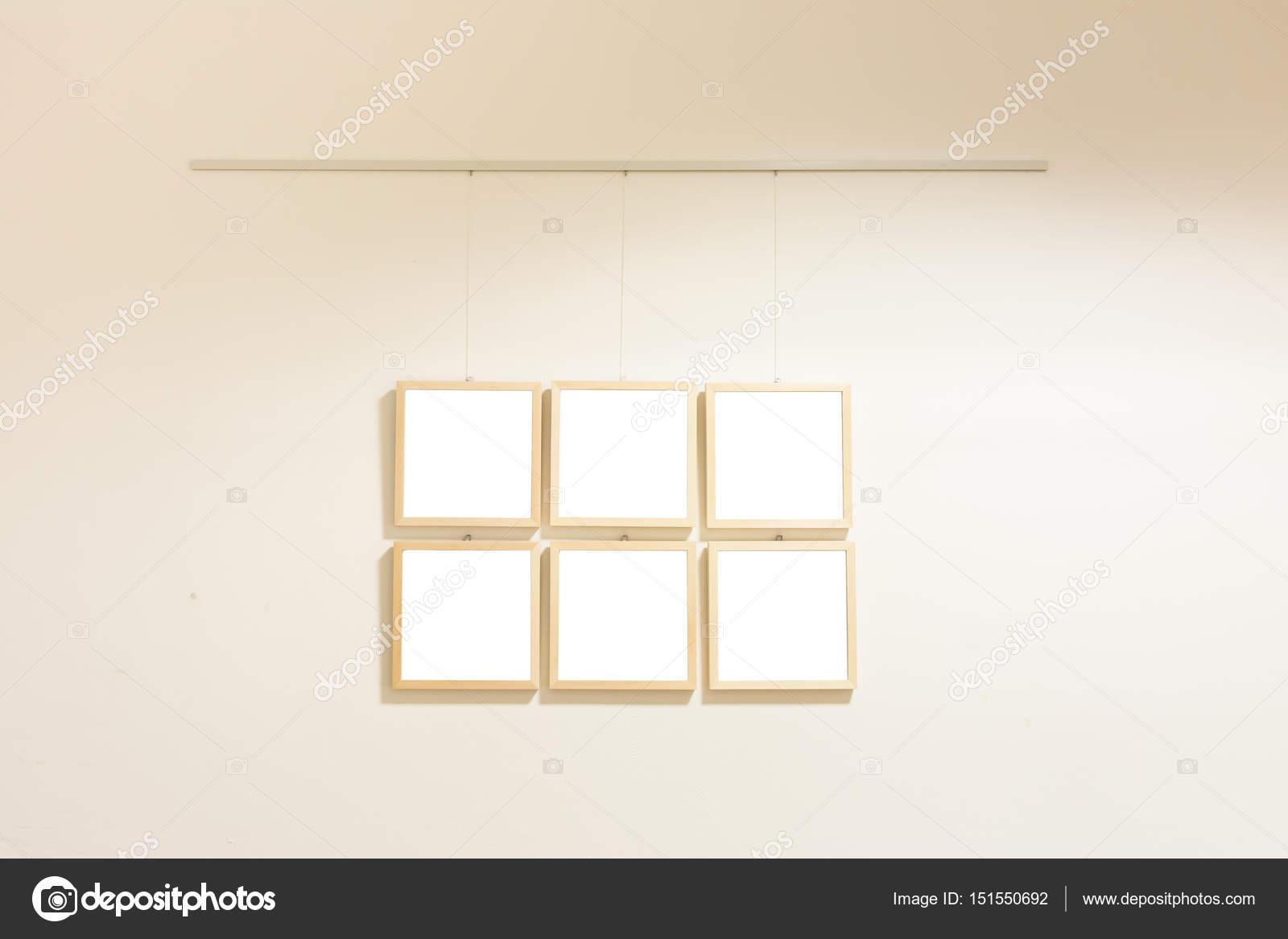Museo de arte contemporáneo de pequeño moderno pantalla marcos en ...