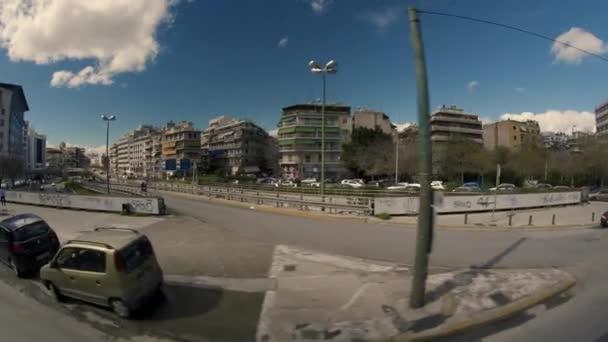 Athens obchodní čtvrti. Centrum Athén byl naživu s lidmi, umění, kultura, hudba, podnikání a Graffiti. Natočeno s 8mm fisheye objektivu na Sony A7sii Atény Řecko.