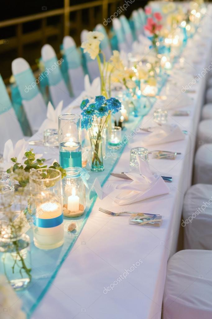 Tema Matrimonio Candele E Lanterne : Cena romantica di installazione matrimonio u2014 foto stock © hkt83000