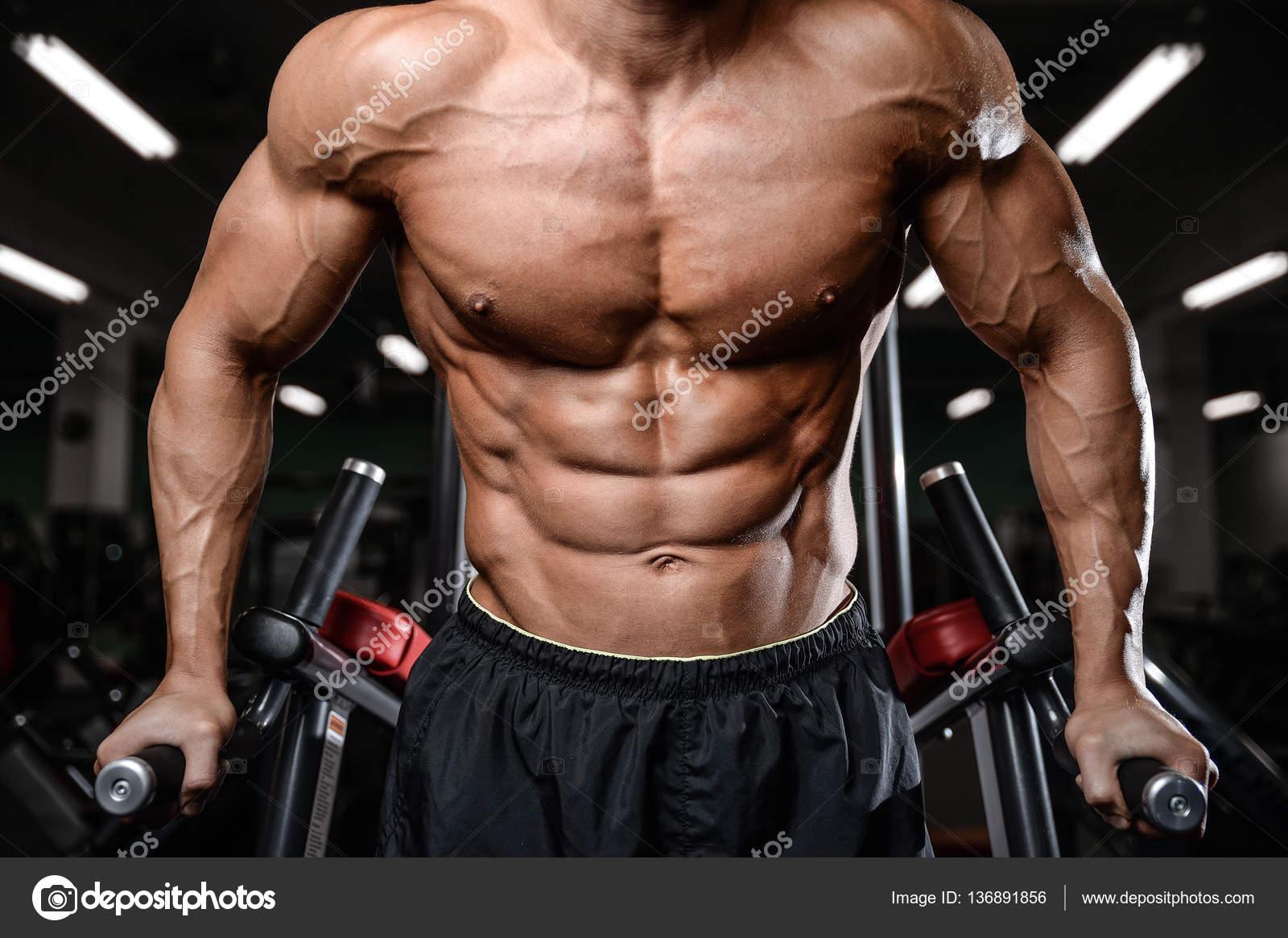 Nahé fitness model pics