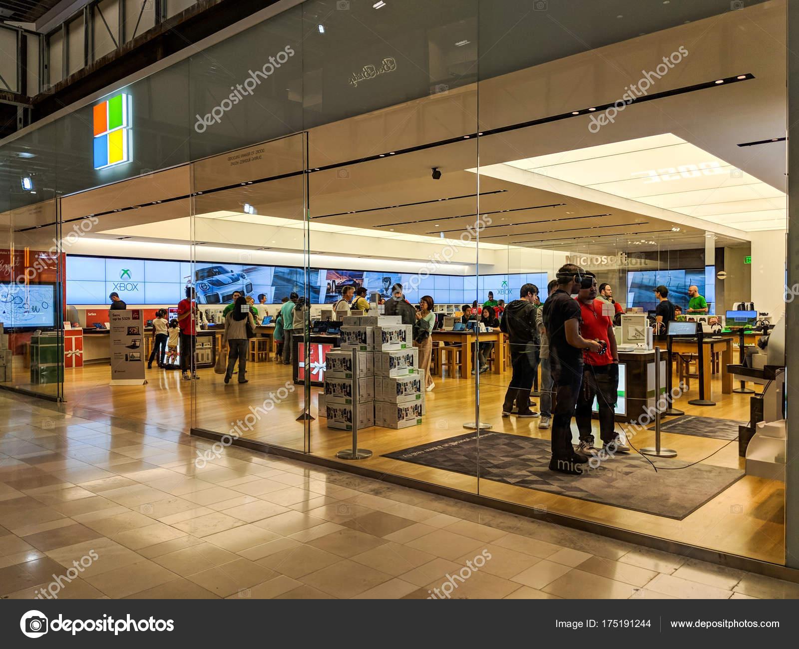 microsoft store customer service